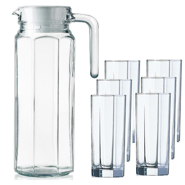Графины со стаканами