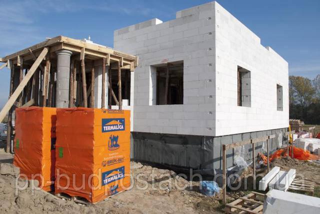 Будинок з газосилікату тепле будова для багатьох поколінь