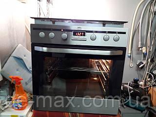 Духовой шкаф и индукционная варочная панель AEG  E33563-5-E