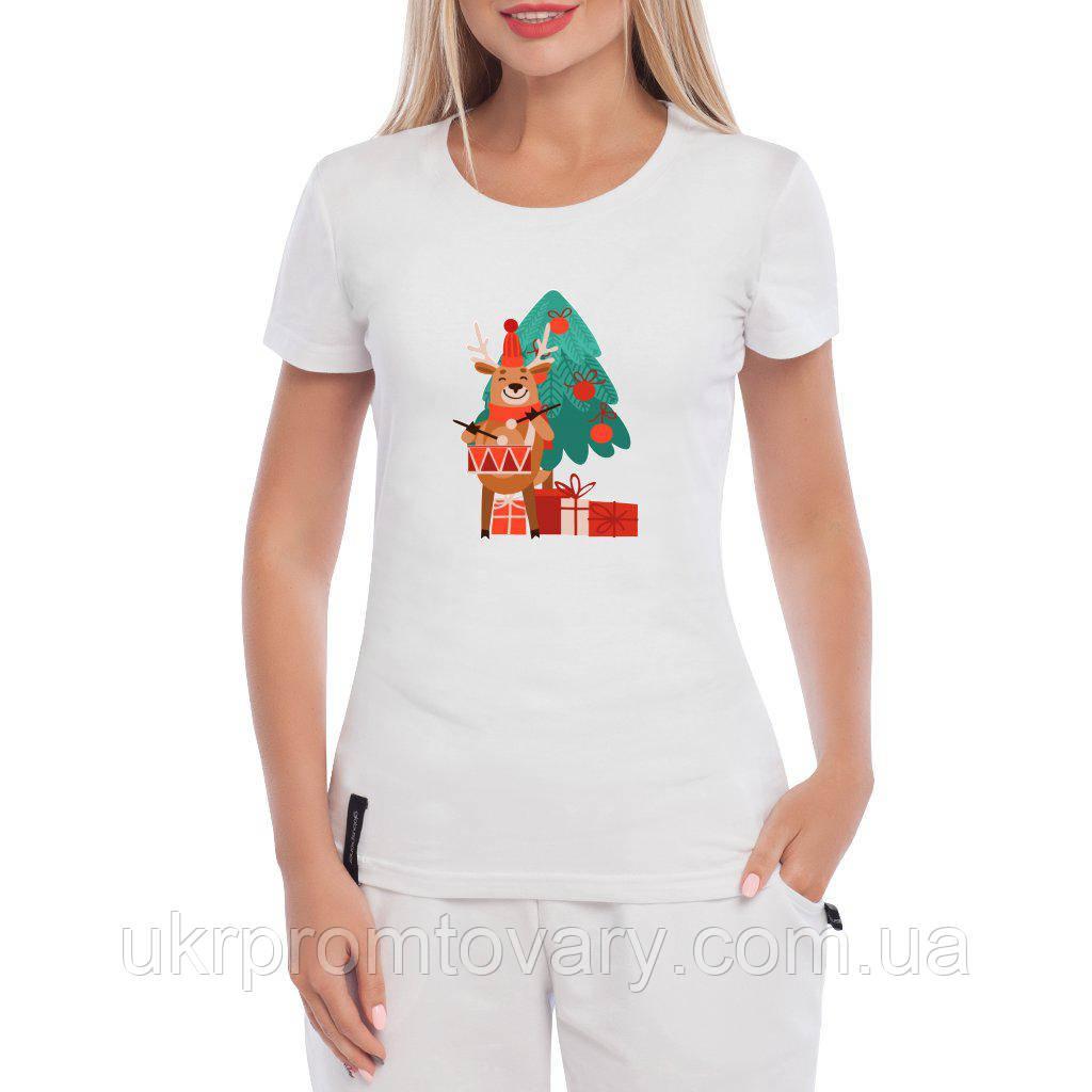 a0d8dd383cb6 Женская футболка - Новогодний олень и ёлка, отличный подарок купить со  скидкой, ...