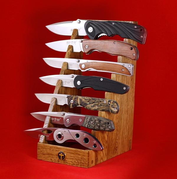 Подставка для 7 ножей деревянная, ручная работа