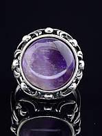Женское кольцо с камнем аметист