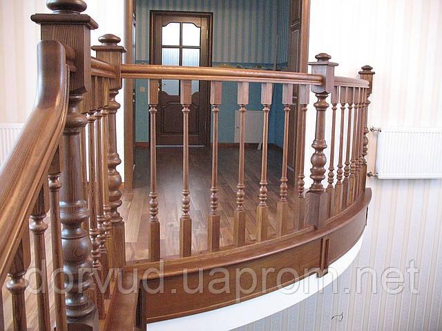 Деревянные лестницы от проекта под ключ.