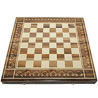 Резная шахматная доска. 50 х 50 см