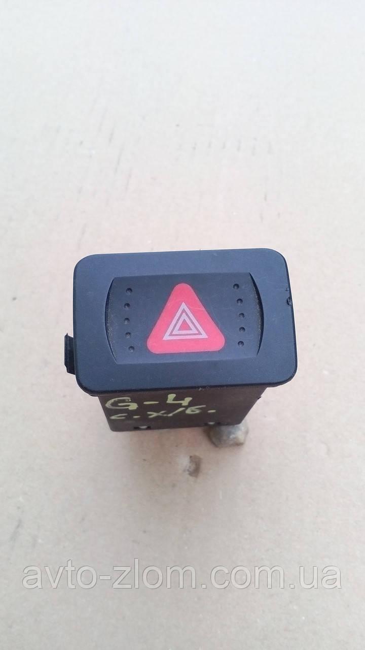 Кнопка аварийной сигнализации Volkswagen Golf 4, Bora, Гольф 4, Бора. 1J0 953 235.