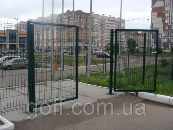 Ворота - высота 1,5 м, длина 3.0 м.п.