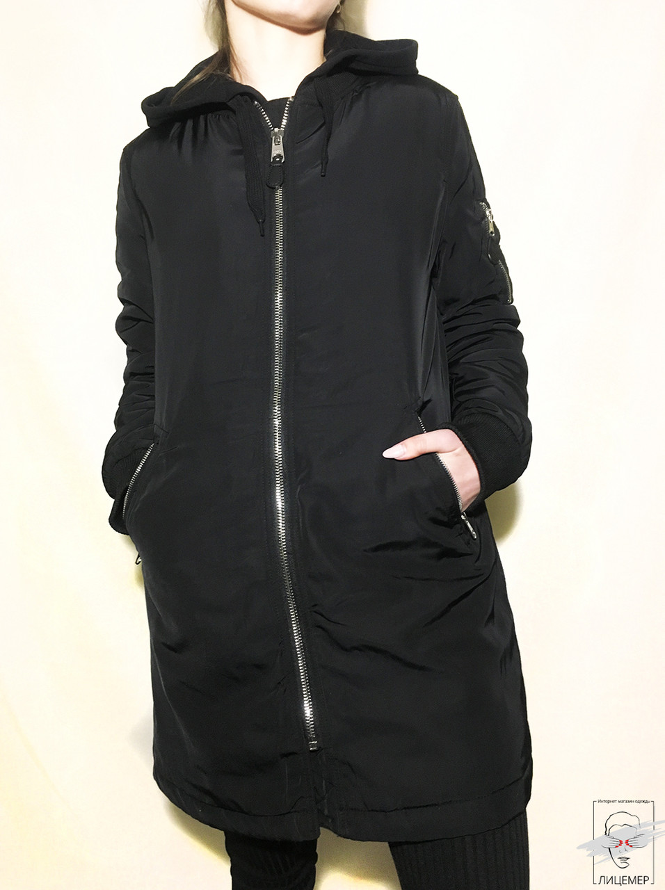 Парка черная Bershka без капюшона р. S 42 весенняя демисезонная классическая - Лицемер. Достойная одежда по доступной цене в Львове