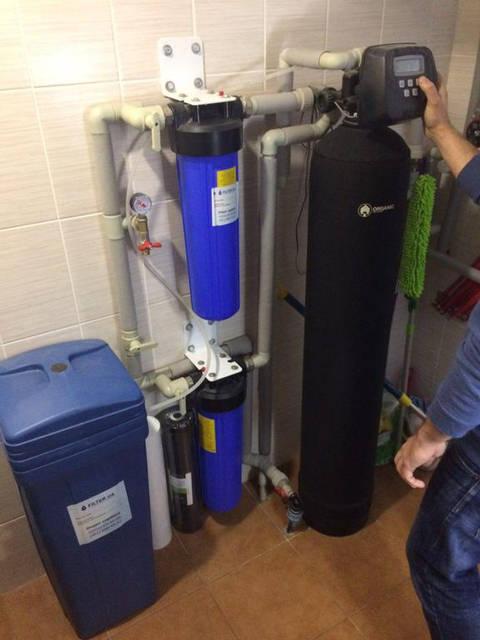 Сервисное обслуживание системы водоочистки на Осокорках 10