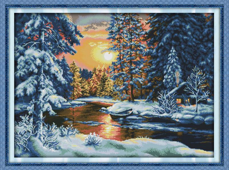 Снежный закат F686 Набор для вышивки крестом с печатью на ткани 14ст