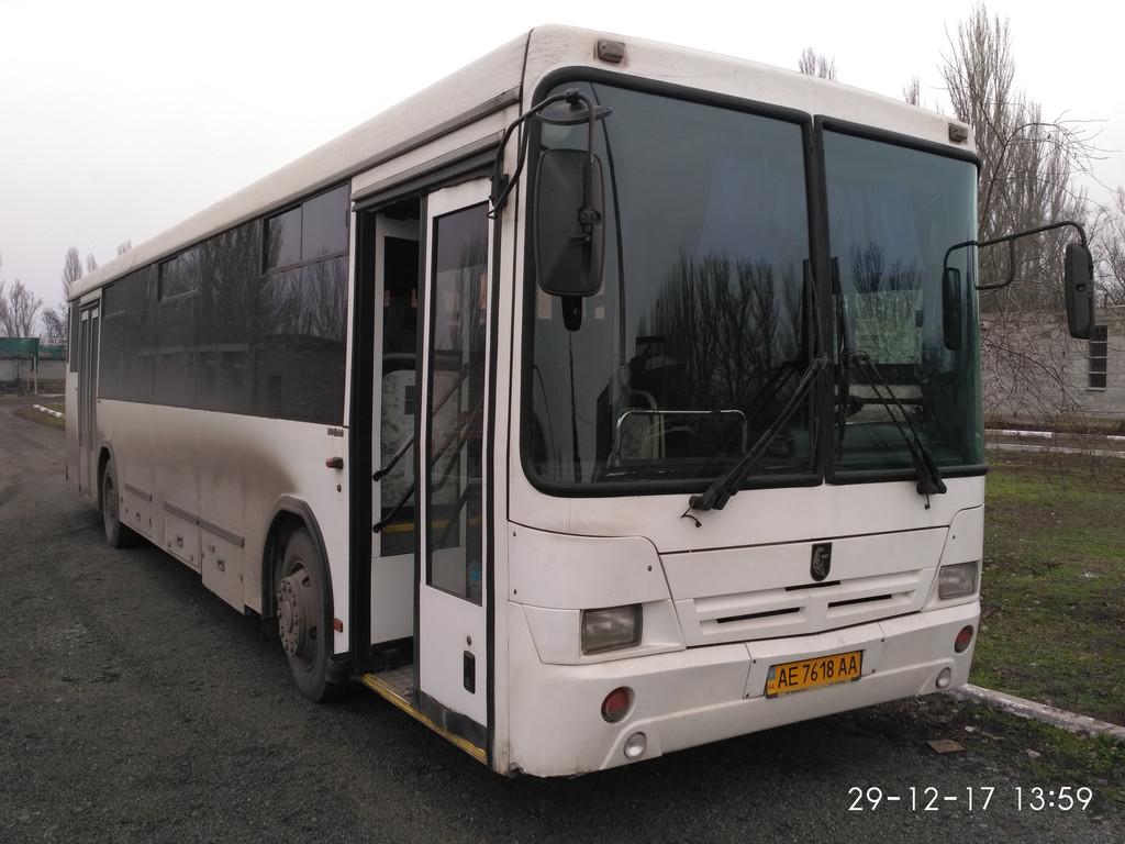 Изготовление и установка лобового стекла на автобус  НефАЗ 5299  в Никополе