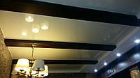 Отделка деревом стен и потолка. Декоративные балки, планки, рейки.