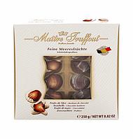 """Набор шоколадных конфет Maitre Truffout """"Морские ракушки"""" в белой коробке (250 г)"""
