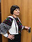 Лариса з Москви у чудовій та багатій вишиванці ручної роботи..jpg