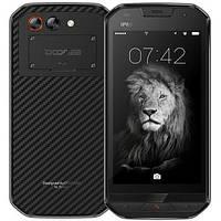 Ударопрочный смартфон Doogee S30  2 сим,5 дюймов,4 ядра,16 Гб,8 Мп,IP68,5580 мА/ч.
