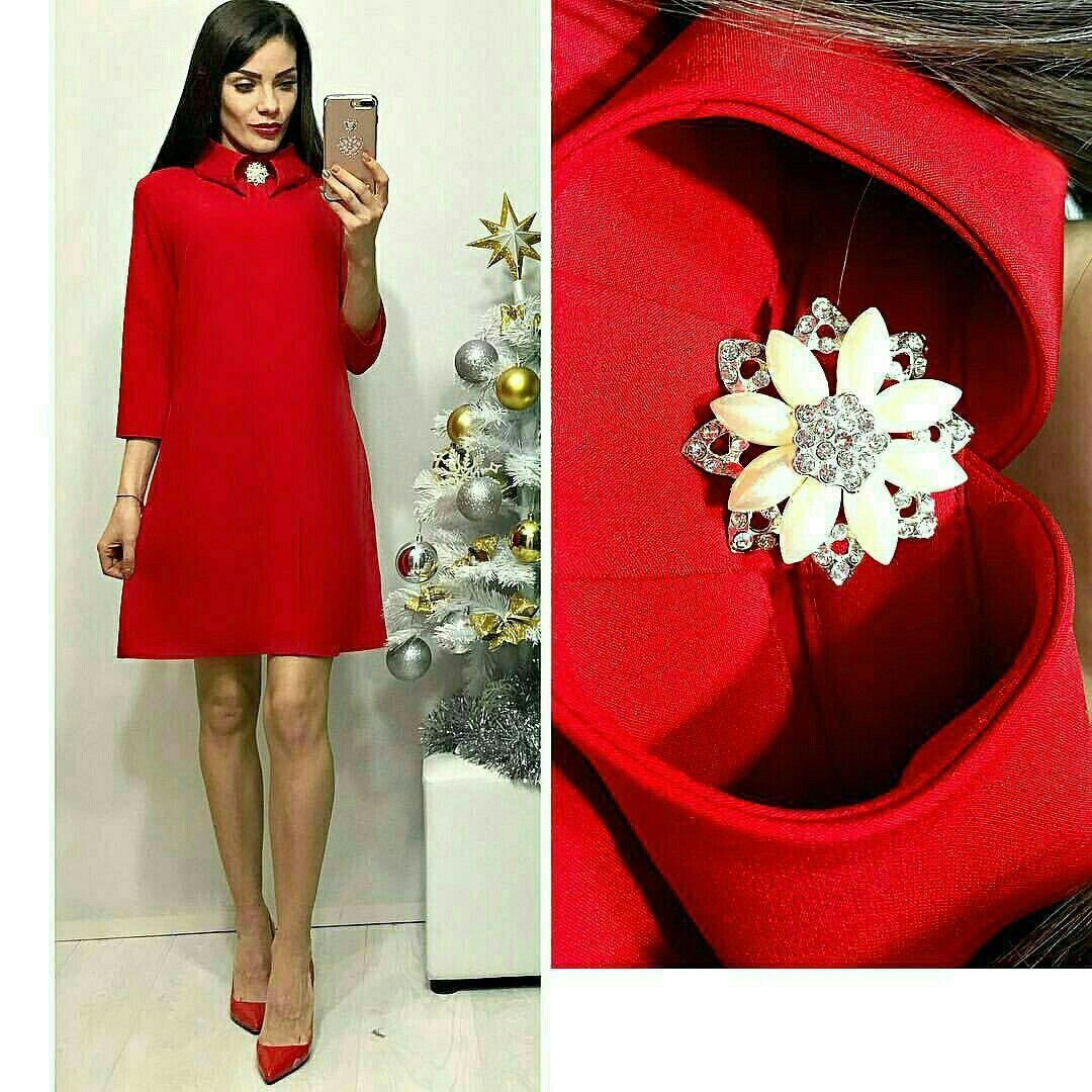 Платье с брошкой, модель 770, цвет - красный