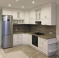 Кухня белая с фасадами МДФ
