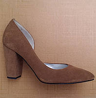 Женские туфли на каблуке Viatu (7040.5) 40