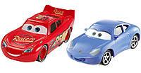 Тачки Дисней набор машинок Мак Квин и Салли (Mattel Cars 3 Lightning McQueen and Sally Die-Cast Vehicles)