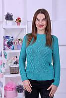 Яркий женский свитер с красивой вязкой