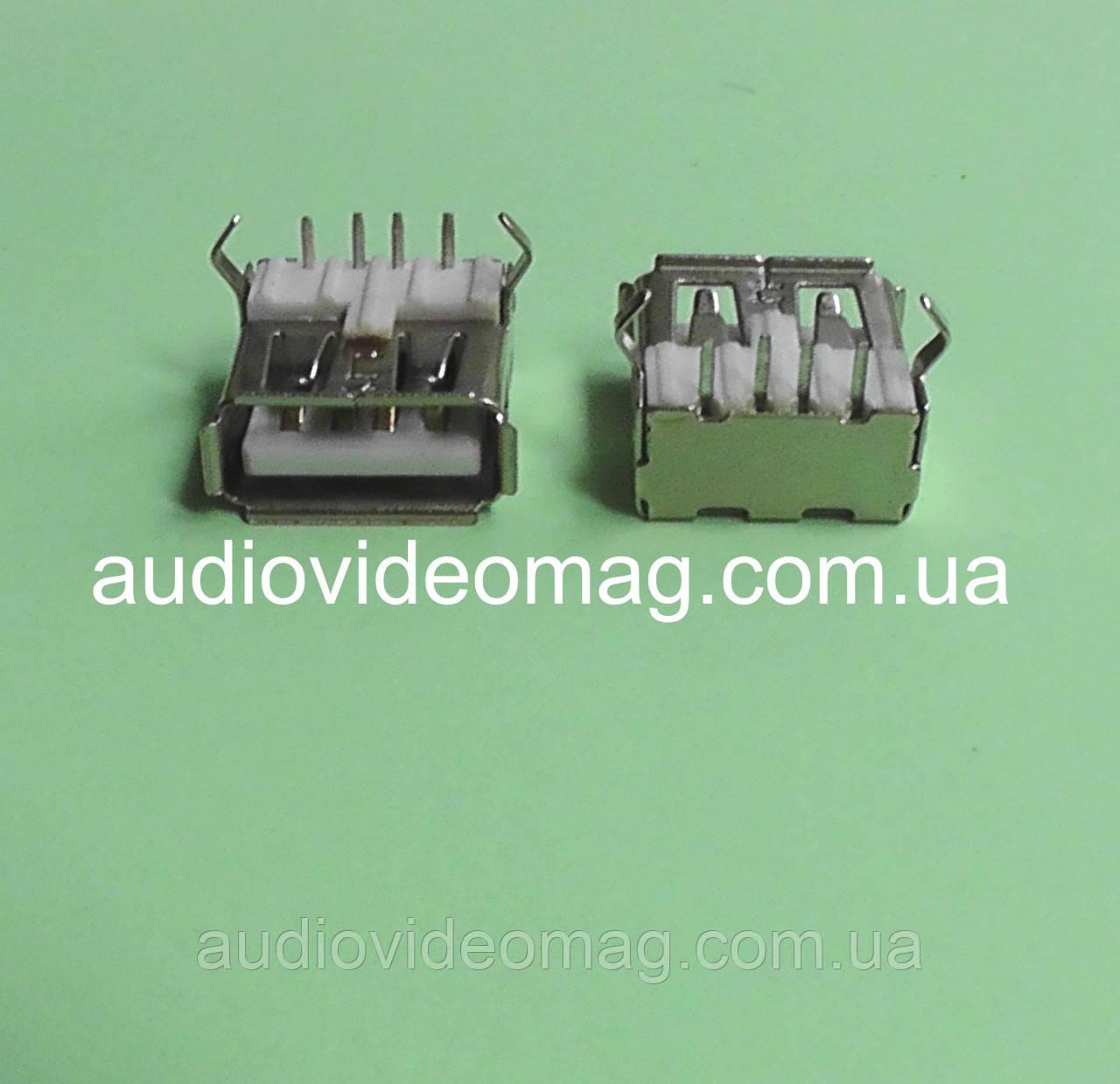 Гнездо USB A с креплениями на плату