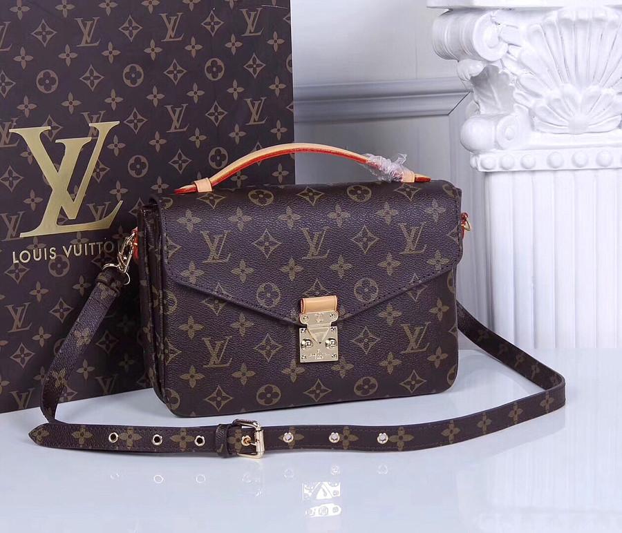 fb9e4a2c02ef Клатч коричневый из натуральной кожи Louis Vuitton: продажа, цена в ...