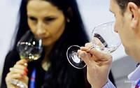Алкоголь влияет на мужское восприятие женщин