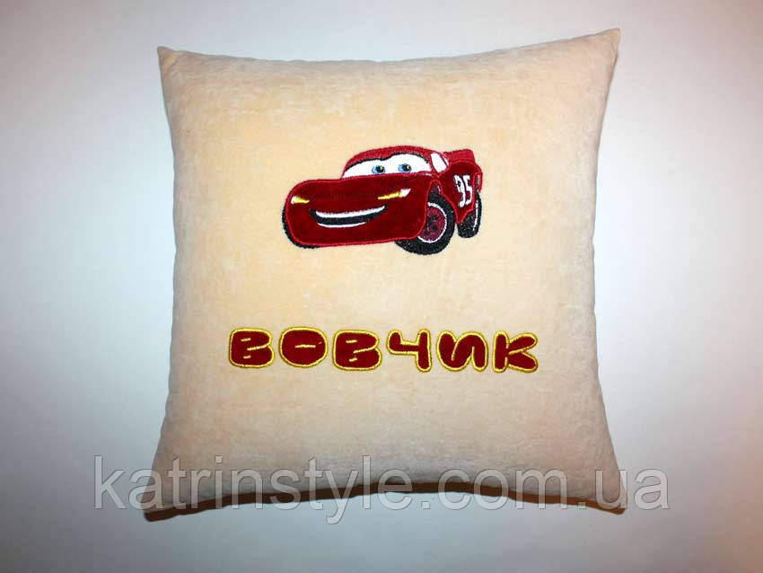 Сувенирная подушка Тачки