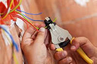Замена старой и прокладка новой электропроводки