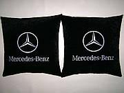 Сувенирная автомобильная подушка Mercedes