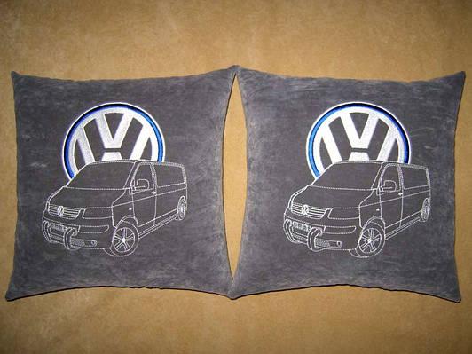 Сувенирная автомобильная подушка VW