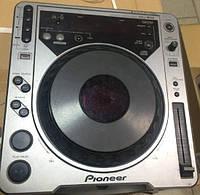 Pioneer CDJ-800 DJ-проигрыватель Б.У