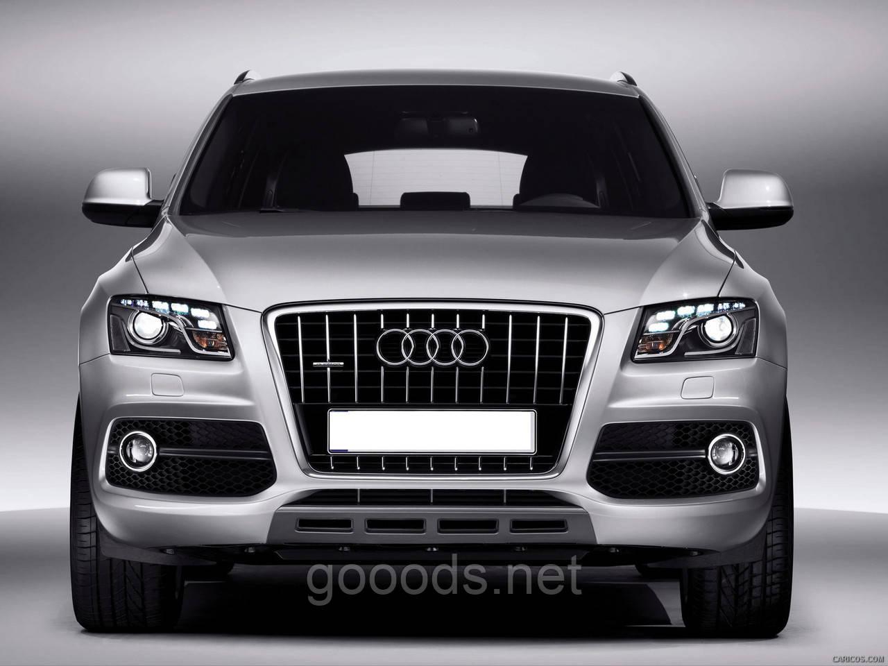 Решетка радиатора Audi SQ5 2008-2012