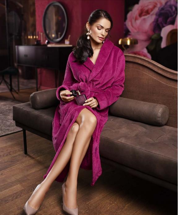 Елегантний довгий жіночий халат  LAUMA 72D99