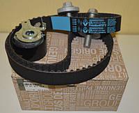 Комплект ремня ГРМ на Рено Докер, Дачиа Докер 1.5dci K9K/ Renault ORIGINAL 7701477028
