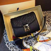 Клатч из натуральной кожи Louis Vuitton