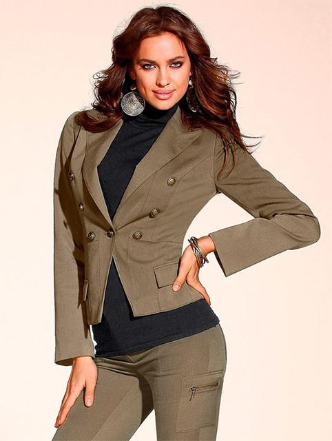 Блузы и пиджаки женские