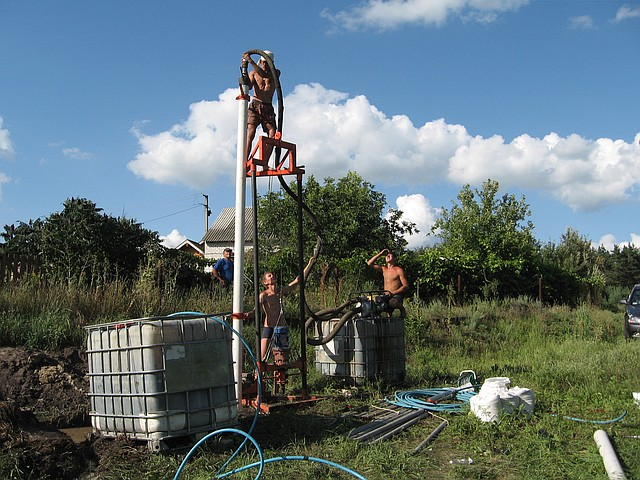 Буріння свердловин на воду в Харкові і області