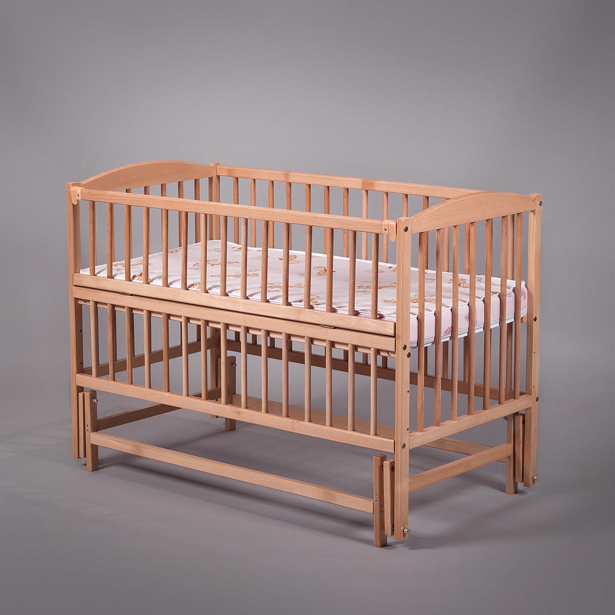"""Дитяче ліжечко Дубок """"Антошка"""" з відк.боковинкою,натур.на маятнику"""
