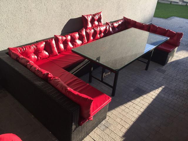 Меблі з техноротангу для саду та дому. Підвісні крісла з ротангу