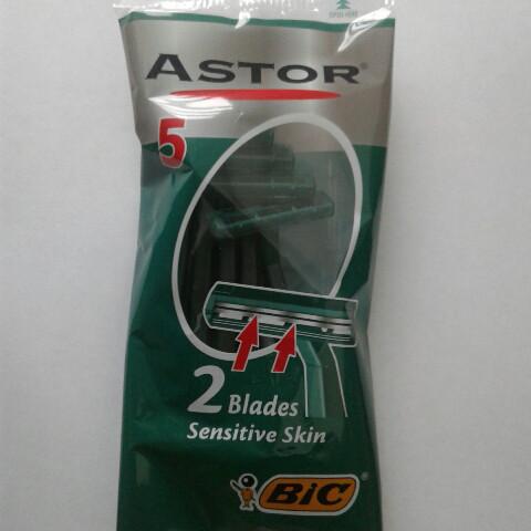 Станок мужской одноразовый для бритья BiC Astor Sensitive 5 шт. (Бик Астор оригинал)