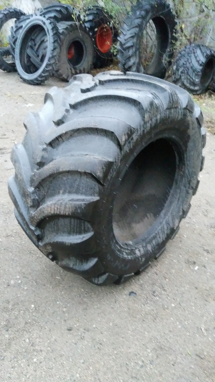 Шина б/у 700/50-26.5 Tyrex