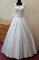 55.3 Шикарное белое свадебное платье с кружевным верхом и атласной юбкой, размер 46