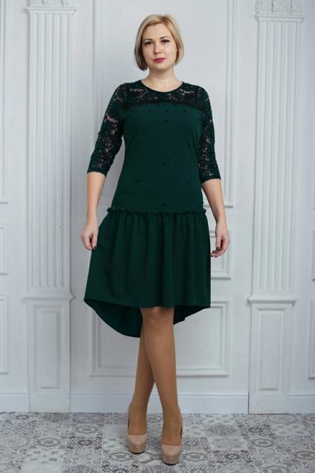Модное женское платье с удлиненной юбкой