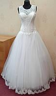 57.1 Белое свадебное платье-маечка с вышивкой и кружевом, размер 46 (б/у)