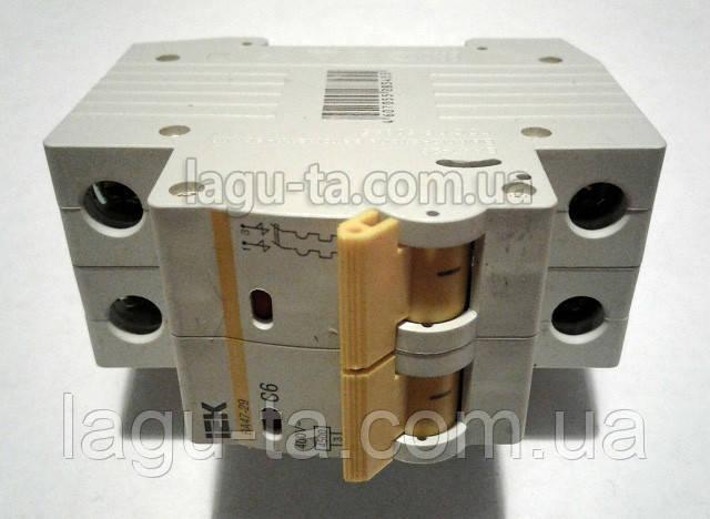 Автоматический выключатель двухполюсный 6А на DIN-рейку IEK.