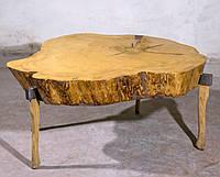 Стол на топорах из дерева смерека