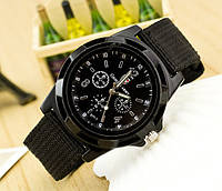 Мужские часы с текстильным ремешком черные