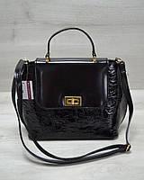 Молодежная женская сумка-клатч черный лаковый крокодил
