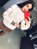 Женский свитер с ангоры. Свитер с дырками на рукавах