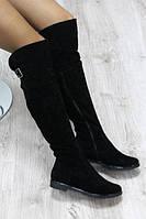 Зимние замшевые сапоги-ботфорты черные с застежкой, фото 1
